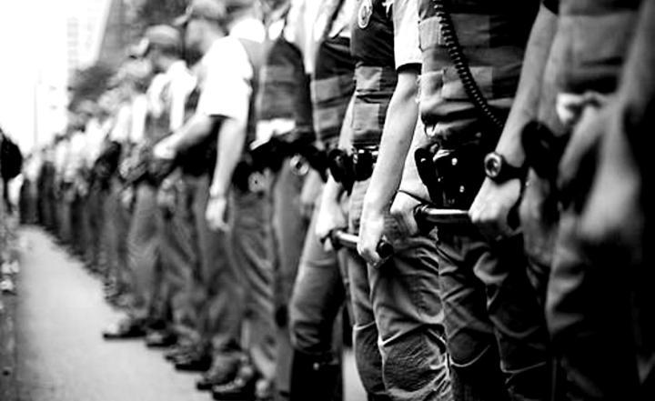Policia Militar de São Paulo assassinou quase mil pessoas em 2014.