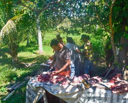 A preparação da comida começa logo cedo