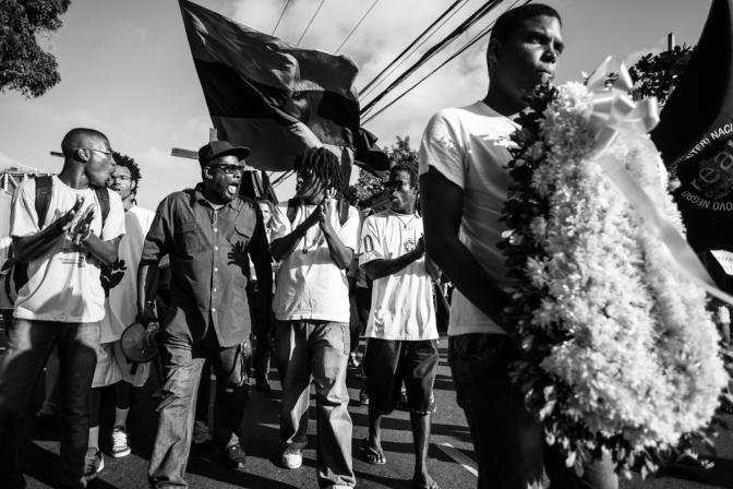 Manifestantes protestam na Vila Móises (Foto: Rafael Bonifácio / Ponte Jornalismo)